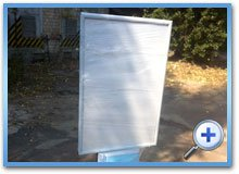 Плитка для рекламна стійка з металу і композиту з порошковим фарбуванням